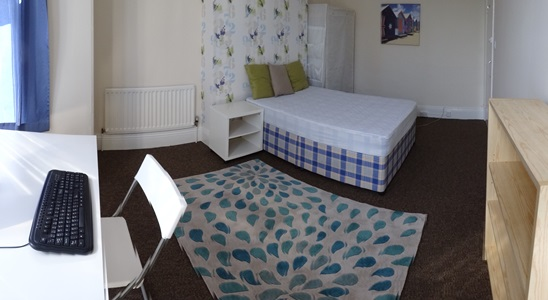 Double bedroom 6 AVAILABLE £95/week