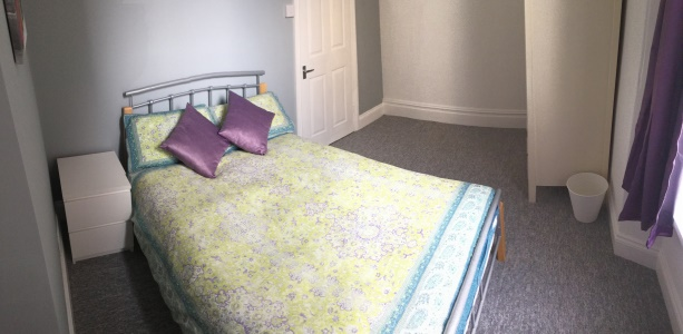 Double Bedroom in this 1-bed student flat