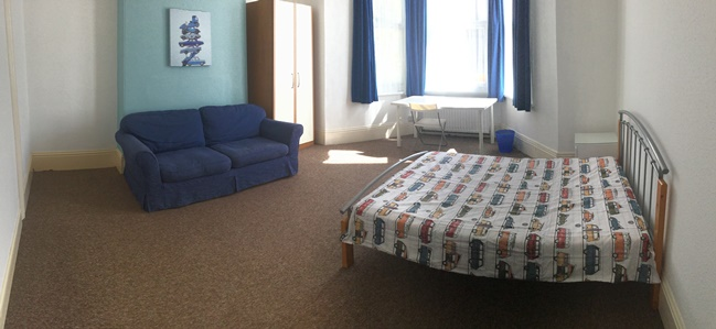 Double bedroom 1 AVAILABLE £96/week