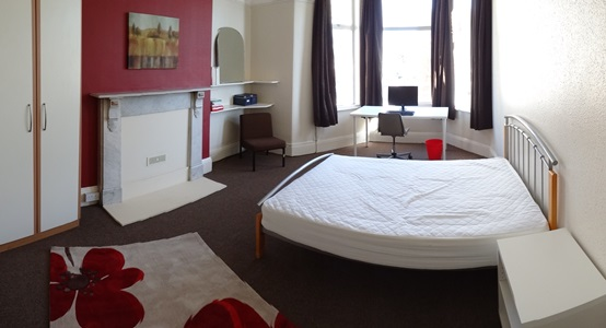 Double bedroom 5 AVAILABLE £95/week